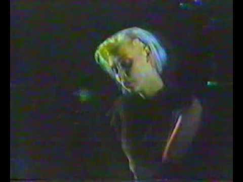 Xmal Deutschland - live 1984 (16/17) - Incubus Succubus II
