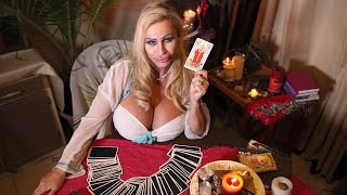 Glamour Model Lacey Wildd Becomes Clairvoyant 'Ghost-busty'