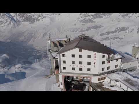 L Hotel Ski Club Lo Stambecco Di Cervinia Youtube