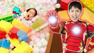 Super Hero IronMan - in indoor playground 슈퍼 마슈! 키즈카페에서 친구들 도와주기! - 마슈브이로그Mashu Vlog