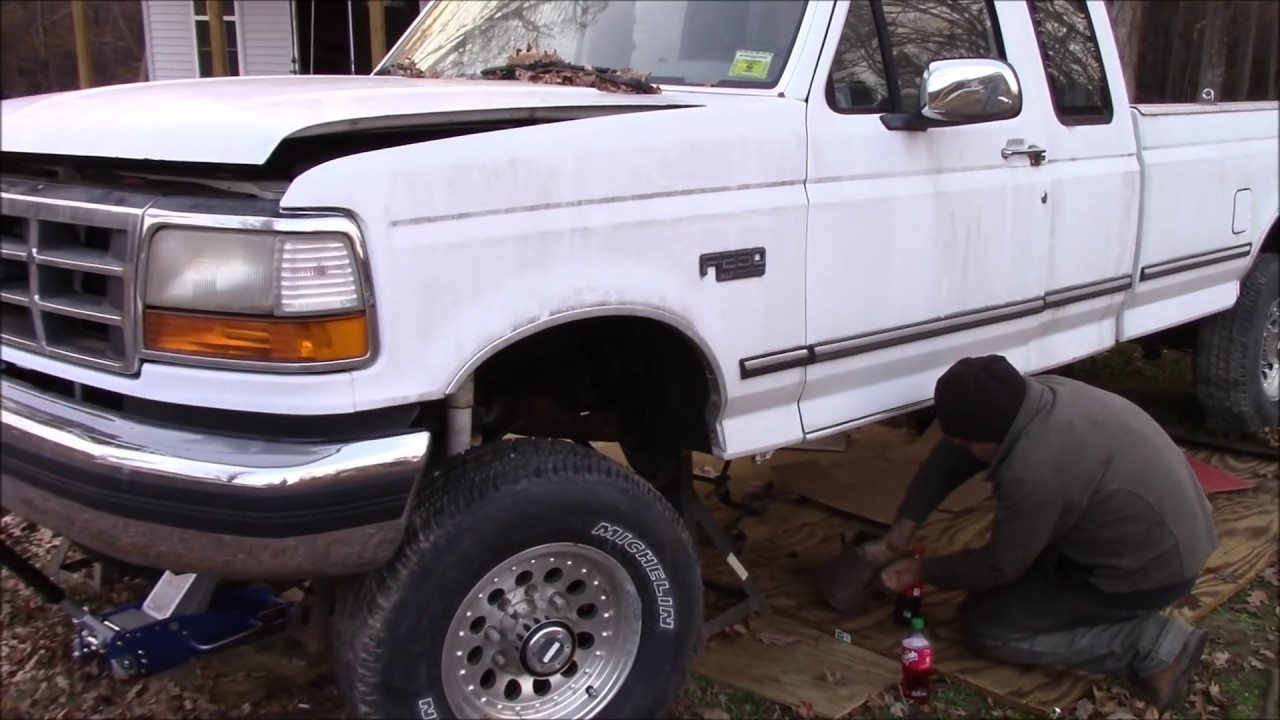 7 3 Ford 4x4 transmission removal vlog!