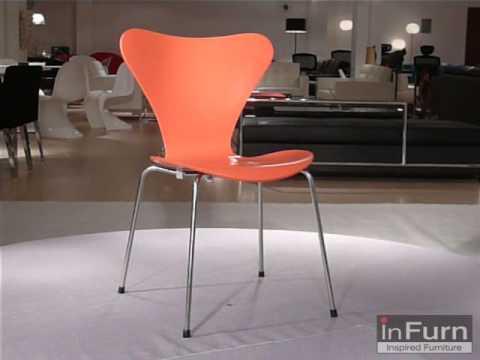 Arne Jacobsen Stoel : Arne jacobsen 7 chair 7 stol 7 stuhl youtube