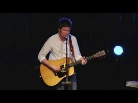 Noel Gallagher - Don't look back in Anger Acoustic - Italia