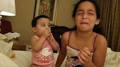 Mix – Bebê de 8 meses chorando ao ver sua irmã chorar
