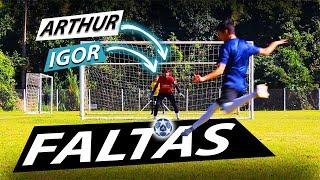ATACANTES CONTRA GOLEIROS (ARTHUR/IGOR VS LUCAS BZK/DECO!) - {BZK}