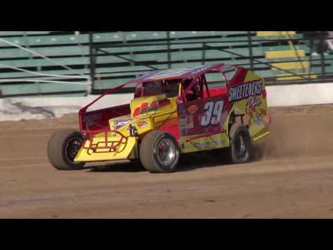 Oswego Speedway/Super DIRT Week Big Block Hot Laps - October 5, 2016