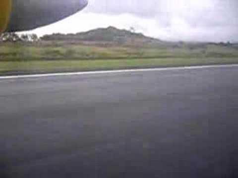 svg air flights carriacou-grenada -landing