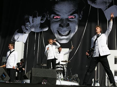 The Hives -  Live At Reading Festival 2014 (Full Concert)