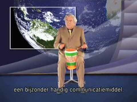 Joop van Zijl onthult nieuwe Heineken EK gadget, de trom-pet