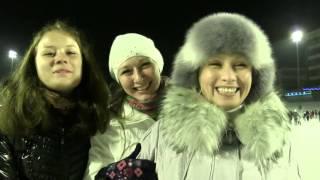 Парень делает предложение девушке на катке Стадион 'Труд', г Ульяновск(Старое, но очень популярное в Ульяновске видео. Потому что трогательное), 2016-03-24T06:28:46.000Z)