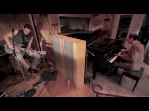 Beautiful Girl  (INXS) - live in-studio