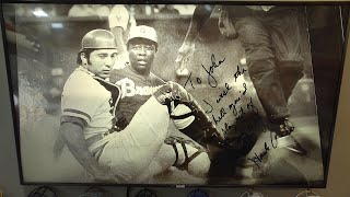 "Johnny Bench remembers how ""wonderful"" a player and person the late Hank Aaron was 