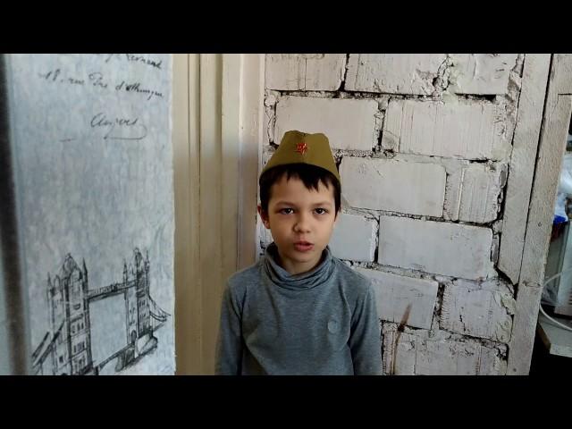 Изображение предпросмотра прочтения – ЯрославДумитраш читает произведение «Переправа» А.Т.Твардовского