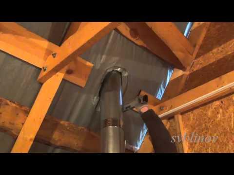 видео: Как устранить течь на крыше возле трубы.