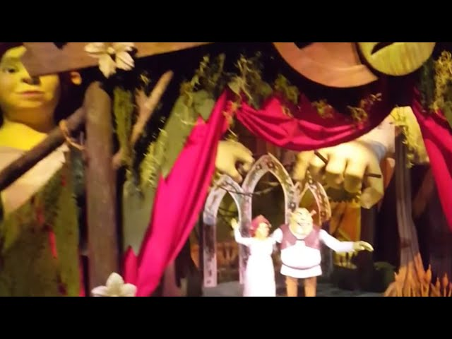 Adventure with sisters at Shrek Merry Fairytale Journey,Dubai Park and resort
