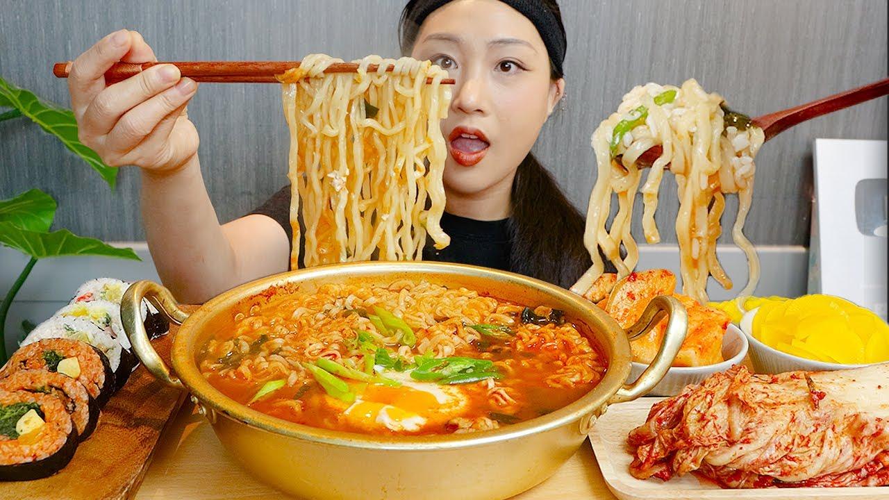 MUKBANG) 최애 라면🦝❤ 너구리 3봉 김밥+밥 말아 먹방~~ Ramyun noodles Kimbap ASMR real sound eating