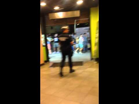 A fight in McDonald ends quickly by the police in Spain.