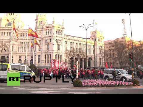 Spain: Hundreds decry anti-protest 'gag law' in Madrid