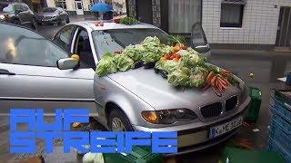 BMW im Gemüsestand: Wo ist der Fahrer des Autos? | Auf Streife | SAT.1 TV