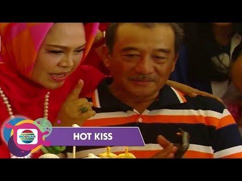 Kejutan Ultah dari Hetty Koes Endang Untuk Suami Tercinta - Hot Kiss