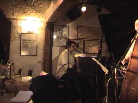 Raphael Gualazzi in cantina Bentivoglio il 4 /2/ 2006