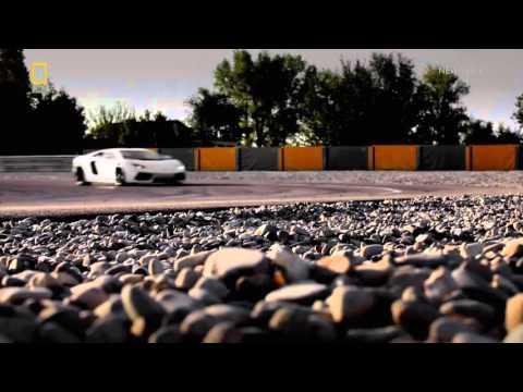 Gyáróriások Lamborghini Aventador 720p