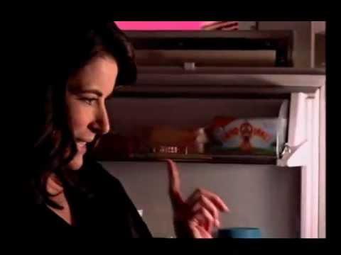 Nigella Lawson: Chocolate Pear Pudding and Ice Cream Sneak Snack: Express