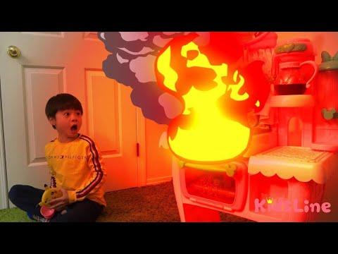 火事? 消防士ごっこ 料理中は注意!!? キッズマナー おゆうぎ こうくんねみちゃん pretend play Firefighter Attention to fire during cooking