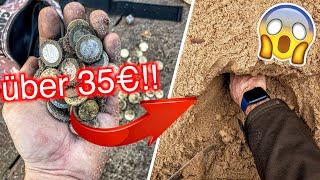Rekordmenge Geld auf Spielplätzen gefunden bei Schatzsuche mit dem Metalldetektor!! (Sondeln)