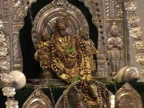 Visvaprasana Tirtha Swami from Udupi Krishna Mutt