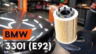 Kuinka vaihtaa öljynsuodatin ja moottoriöljy BMW 330i 3 (E92) -merkkiseen autoon