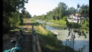 Location gite pres de La Rochelle dans le marais poitevin courçon charente maritime 17 vidéo globale