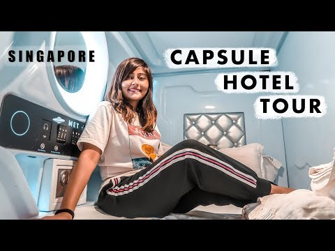 SINGAPORE CAPSULE HOTEL TOUR // Space Themed Capsule Pod Hotel