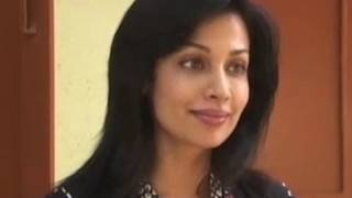 Actress Mayuri Celebrates Diwali At Old Age Home
