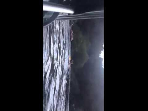 Sete feridos - Lancha explode próximo à Marina do David