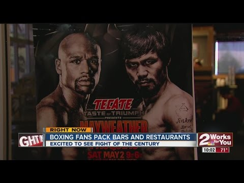 Boxing Fans Pack Bars and Restaurants