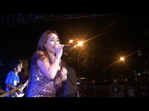 NIA JOVANKA- NITIP KANGEN-NEW ARYSTA Banyubiru Live in Salatiga