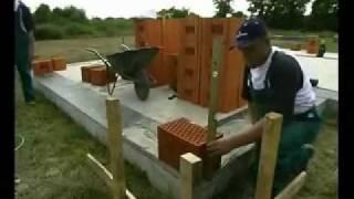 Дом из керамических блоков, строительство.wmv(Теплый, надежный, безопасный дом-это дом из керамических элементов (стен и перекрытий), произведенных из..., 2012-02-20T10:31:34.000Z)