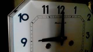 Бій і хід годин Бурштин після розбирання і чищення. Working and chime of the wall clock Yantar.