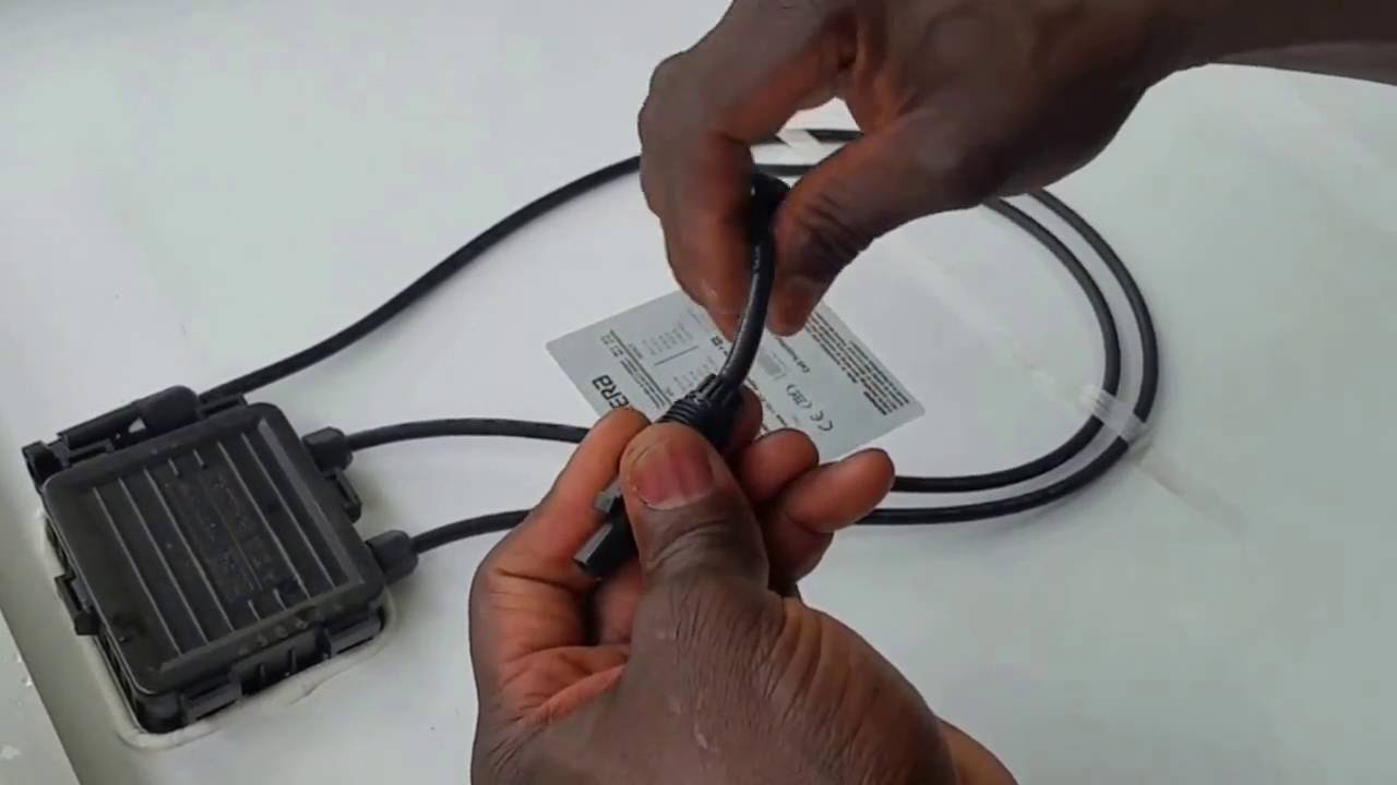 HOW TO WIRE SOLAR PANELS USING MC4 CONNECTORS - YouTube