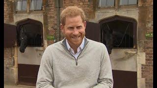 英国王室添新宝宝 哈里王子:是个男孩儿!