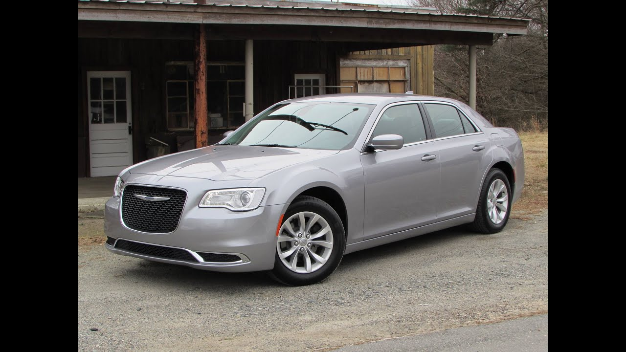 2015 chrysler 300 limited v6 start up road test and in. Black Bedroom Furniture Sets. Home Design Ideas