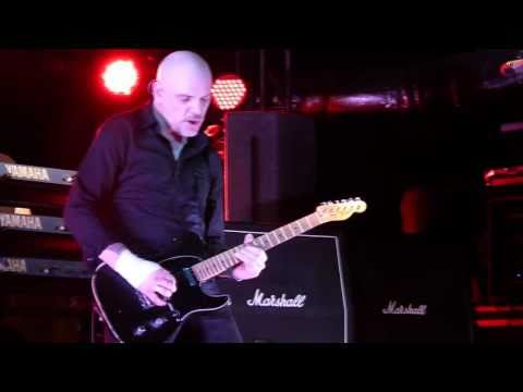 The Stranglers - Hanging Around live Liverpool O2 Academy 08-03-11
