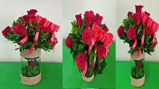 How To Arrange 10 Red Roses In a Vase // Premium Red Rose Arrangement In Vases / Rose Flower Bouquet screenshot 4