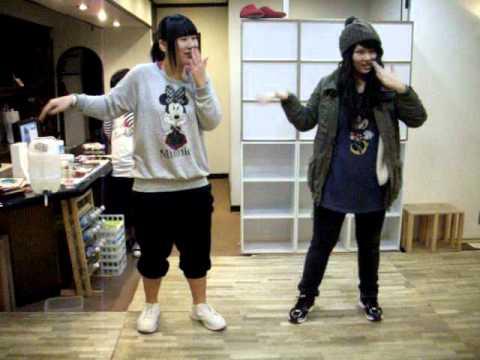 2NE1 JOKER T-ARA YAYAYA (off shot)