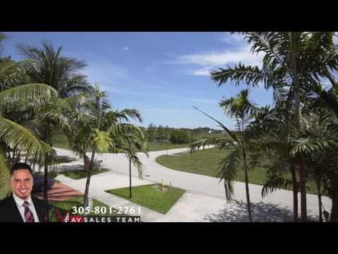 Royal Oaks - 8501 NW 162 Street Miami Lakes, Fl 33016