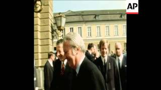 SYND 4 4 71 EDWARD HEATH ARRIVES IN WEST BERLIN FOR A MEETING WITH MAYOR KLAUS SCHUTZ