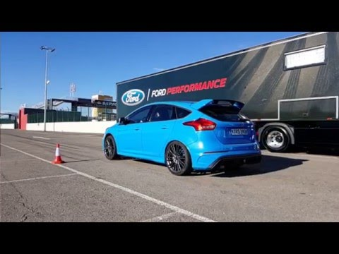 ford focus rs mk3 launch control demo slow motion. Black Bedroom Furniture Sets. Home Design Ideas