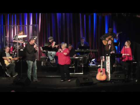 Darlin Darla and John Mike Simpson perform Summer Wine
