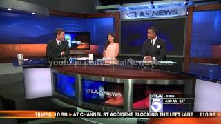 News Blooper - News anchor caught returning from a bathroom break